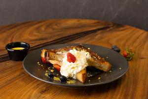 Drivu Saffron French Toast