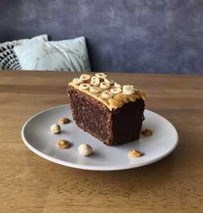 Drivu Hazelnut Cake