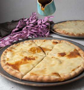 Drivu Cream Cheese & Maple Syrup Calzone